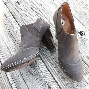 Sofft Suede Brown Leather Upper Ankle Booties Sz11